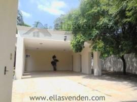 Casa en Venta, Los Cristales en Monterrey PRO2396
