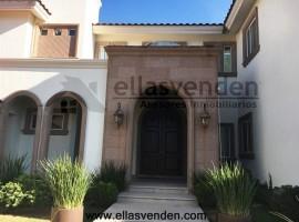 Casa en Venta, Las Misiones en Monterrey PRO3211