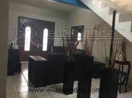 Casas en Venta, Fraccionamiento Azteca en Guadalupe PRO3364