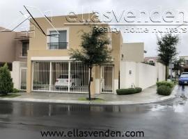 Casas en Venta, Los Faisanes en Guadalupe PRO2892