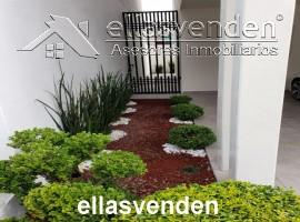 PRO4729 Casas en Venta, Paseo del Vergel en Monterrey